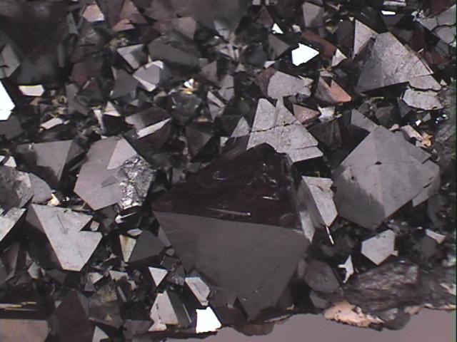 MAGNETITE (Iron Oxide)